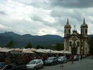 Igreja de São Francisco de Assis e feirinha